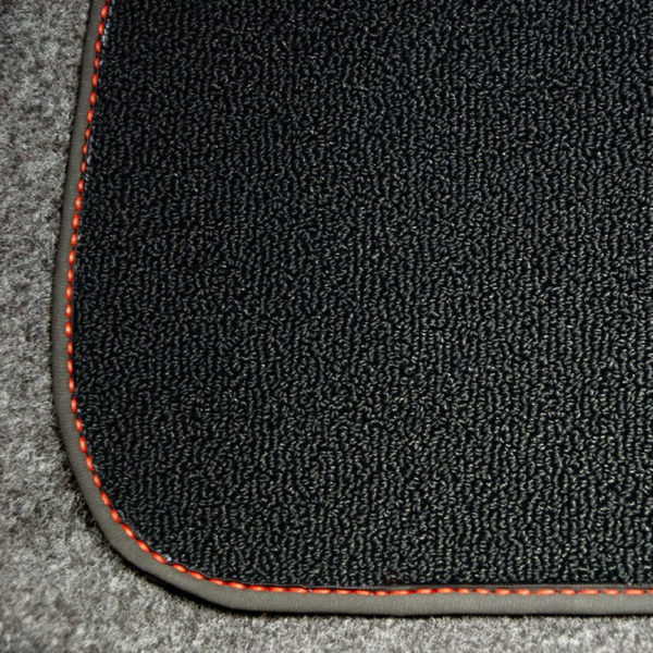 FIAT 500 Floor Mats by 500|SPEEDLAB Black with No Logo Detail