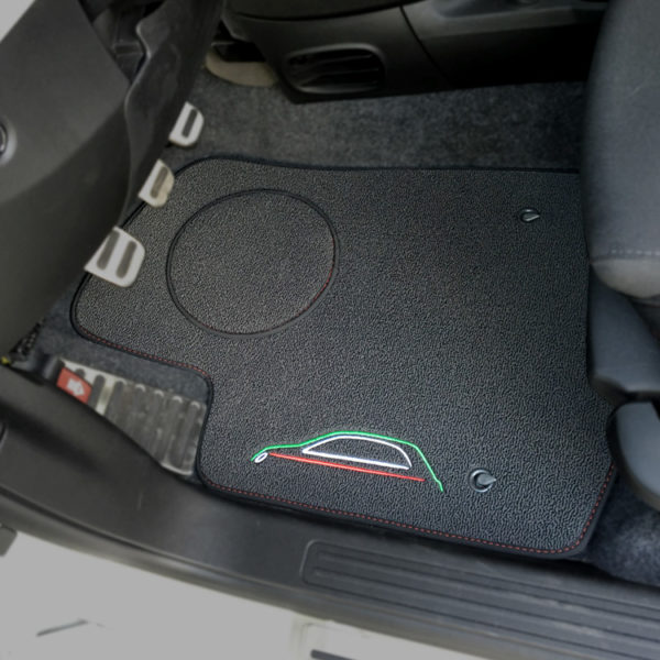 FIAT 500 Floor Mats by 500|SPEEDLAB Grey with Italia Logo Driver